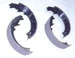 1970 Brake shoes, rear only