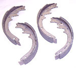 1970 Brake shoes, front or rear