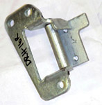 1987 Door hinge, side rear door