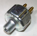 1943 Stop light switch, hydraulic type