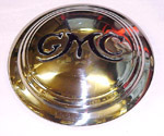 1939 Hub cap, chrome